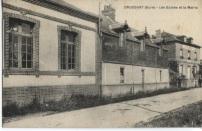 les ecoles et la mairie