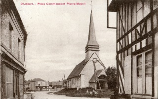 place commandant mesnil 1